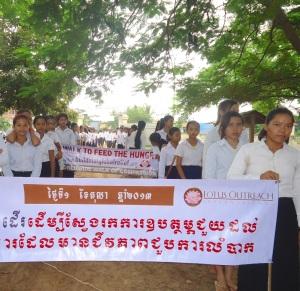 2013-Cambodia Walking-4
