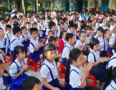 Vietnam-School Kids