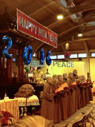2016-New Year at CYM-Sangha Chant